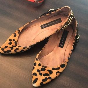 Steve Madden - Leopard pointy shoes 7.5